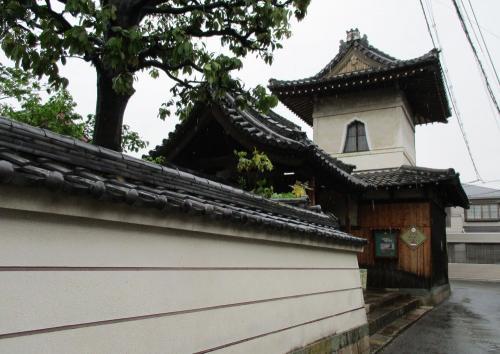 寺内町を歩く ~出口と招提~