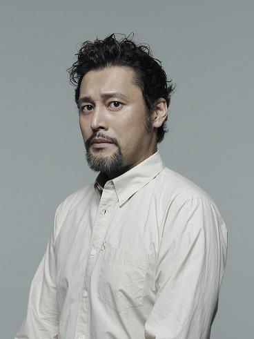 俳優・横田栄司に聞く シェイクスピアを演じるということ