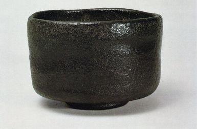 樂茶碗 赤と黒の芸術