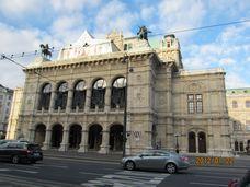ウィーン・オペラ座残酷物語