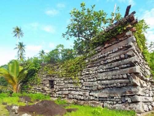 ミクロネシアの巨石文化