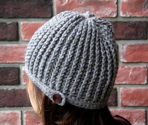 引き上げ編みのニット帽