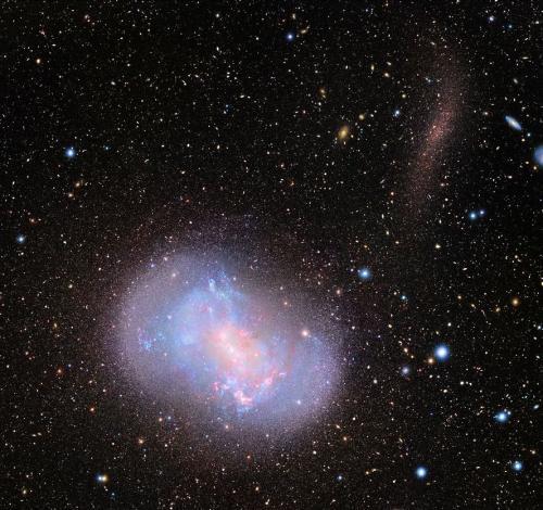 大望遠鏡で探る宇宙最初の銀河