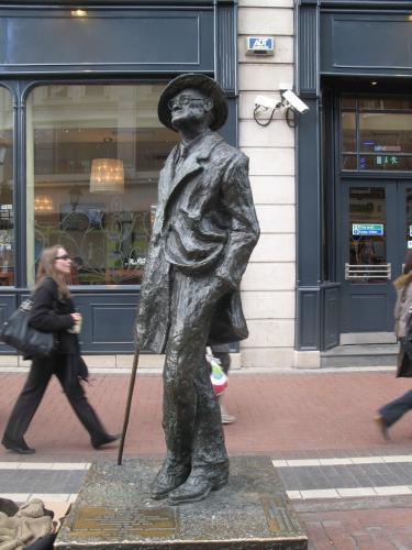ダブリンの千年 街角で読むアイルランド文学