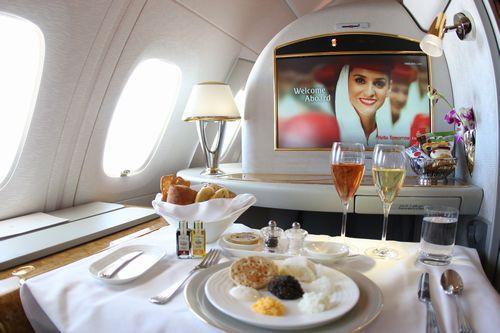 機上の晩餐にようこそ
