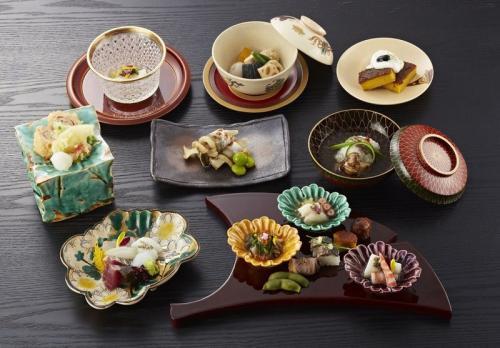 ホテルモントレ大阪「隨縁亭」で楽しむ会席料理と和食のマナー