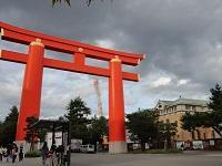 京都・岡崎の「近代」を歩く