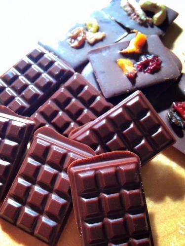 カカオ豆から始めるチョコレート体験