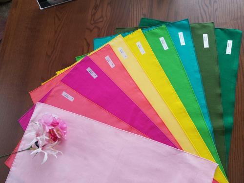 30色から似合う色をみつけよう