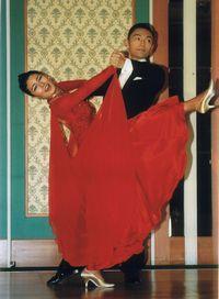 基礎から始める社交ダンス