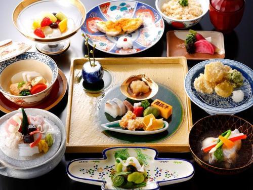 ホテルモントレ大阪「隨縁亭」で楽しむ会席料理と和のマナー