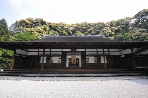 日本最古の国宝の方丈を訪ねる