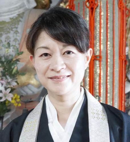 吉野塾・聖林寺の十一面観音菩薩と南天             ~マンダラ特別公開~