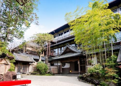 奈良建築さんぽ―お花見編