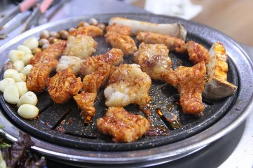 スップルタッカルビ(鶏肉の網焼き)
