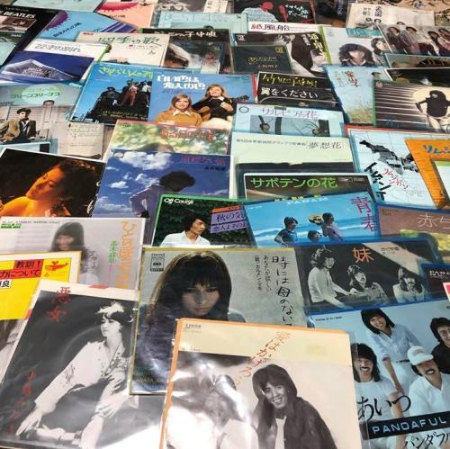 懐かしいEP版レコードの数々