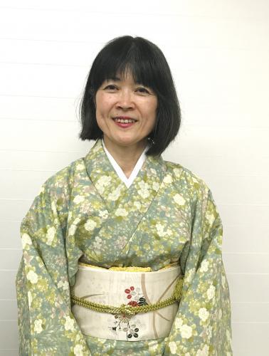 高橋絹子講師