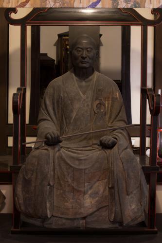 霊源院 中巖円月坐像(重文)
