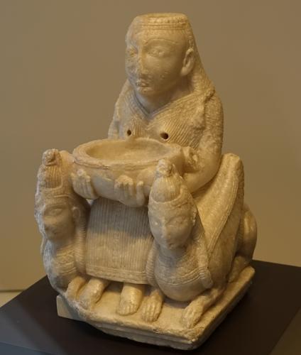 ガレーラの貴婦人(アシュタルテ像) (スペイン・マドリード国立考古学博物館蔵)