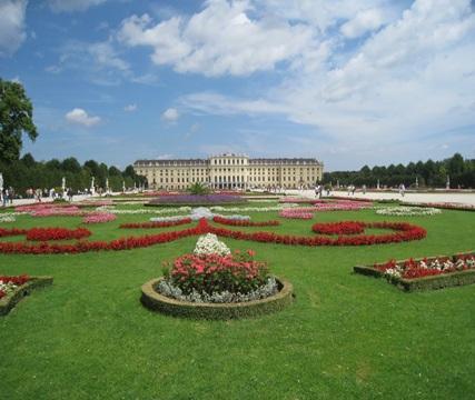 ヨーロッパ王室の歴史と文化