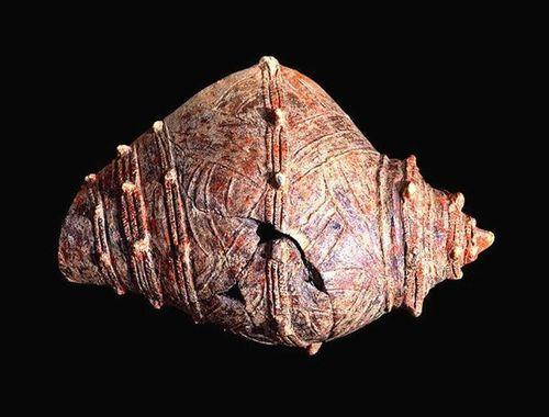 法螺貝型土器レプリカ