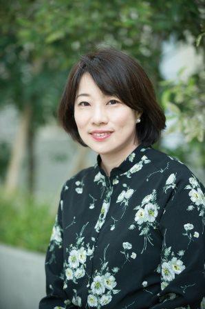 東直子さん
