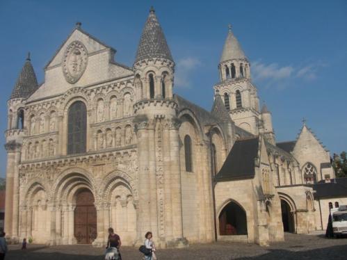 ポワティエ ノートルダム・ラ・グランド聖堂