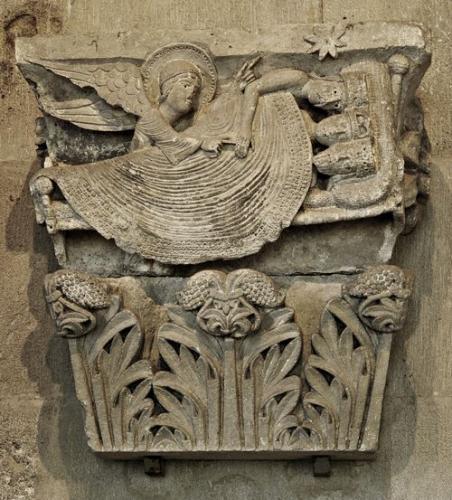 オータン大聖堂柱頭《三王》