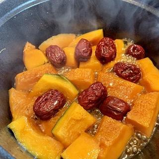 かぼちゃとナツメの煮物