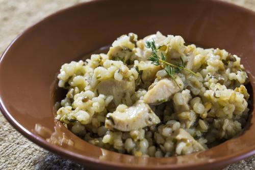 レンズ豆と麦の鶏肉リゾット