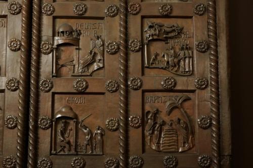 ピサの青銅扉