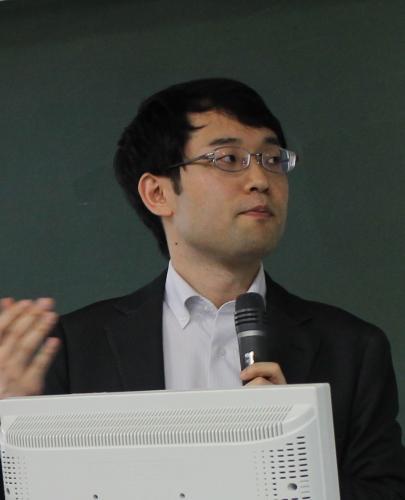 辻田真佐憲講師