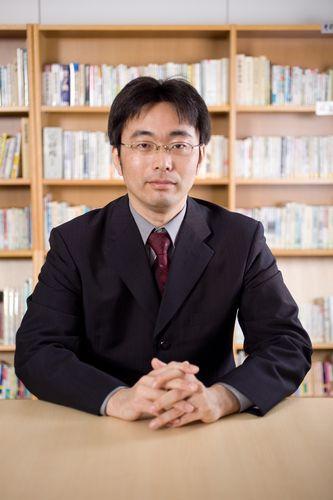 坂口幸弘講師
