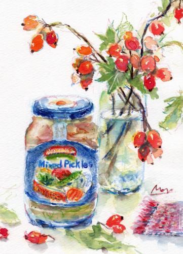 鈴バラの実とピクルスの瓶