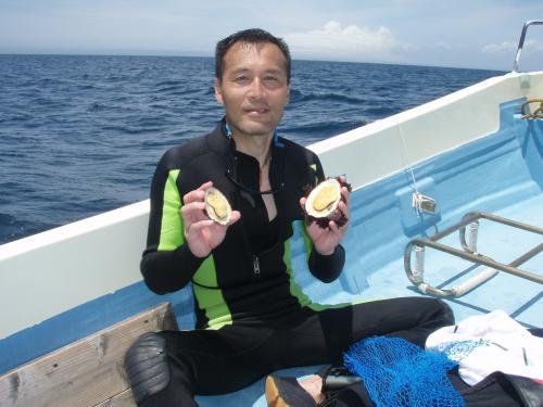 伊豆諸島・御蔵島で初めて採取したオオツタノハ