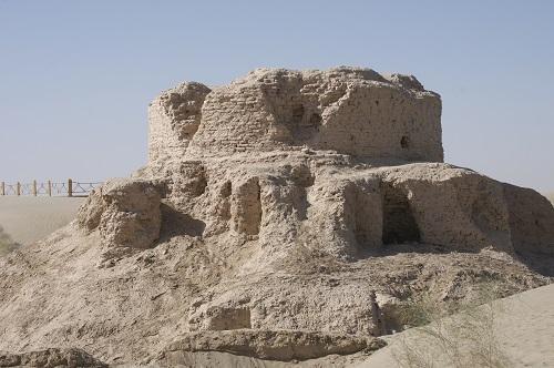 ラワクの仏塔