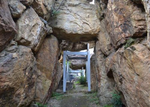 蛇塚古墳の石室(講師撮影)