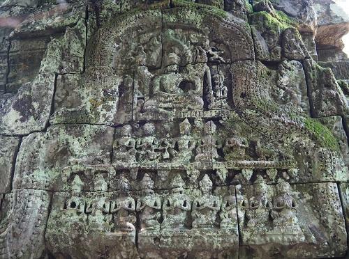 寺院に遺る浮彫(仏教図像)