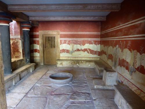 クノッソス宮殿・玉座の間
