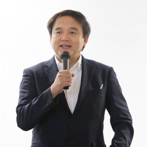 秋岡陽講師