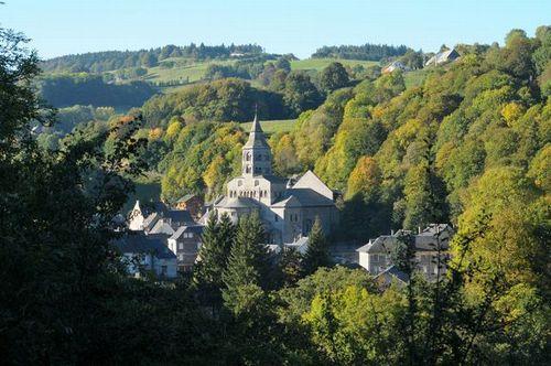 オルシヴァルの谷と教会
