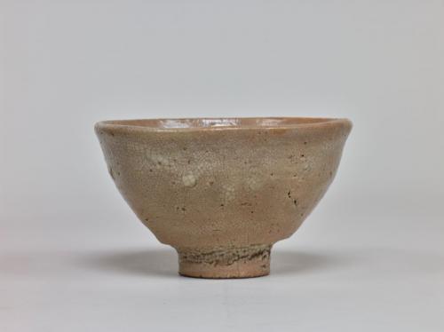 大井戸茶碗 有楽井戸(重要美術品)朝鮮時代(16世紀)東京国立博物館所蔵 Image:TNM Image Archives