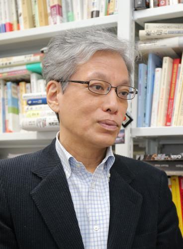 山口二郎氏