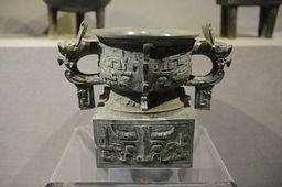 西周時代の青銅器(陝西省竹園溝墓地)