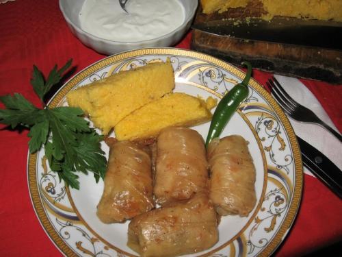 ルーマニアの代表的料理サルマーレ