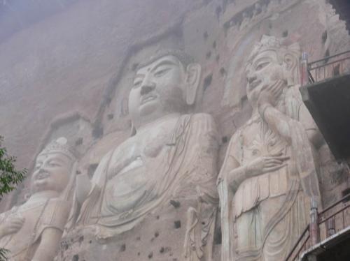阿弥陀三尊 麦積山石窟(中国)
