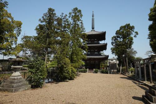 百済寺(奈良県広陵町)