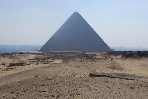 クフ王のピラミッドと西部墓地
