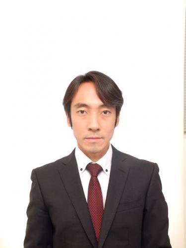 山本章博講師